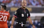 (PHOTO) Sex scandal rocks the football world - Ref  allegedly celebrated officiating the Copa America final with two prostitutes